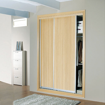 Cambiar puertas abatibles por correderas en armario