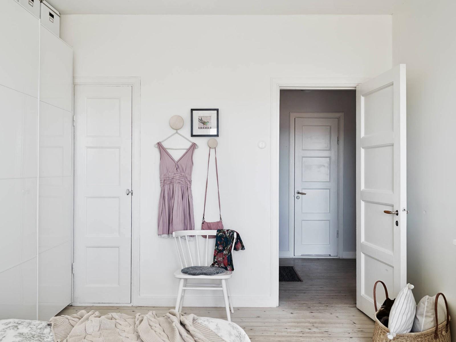 Ambientes puertas lacadas blancas puertas jemofer - Casas de madera blancas ...